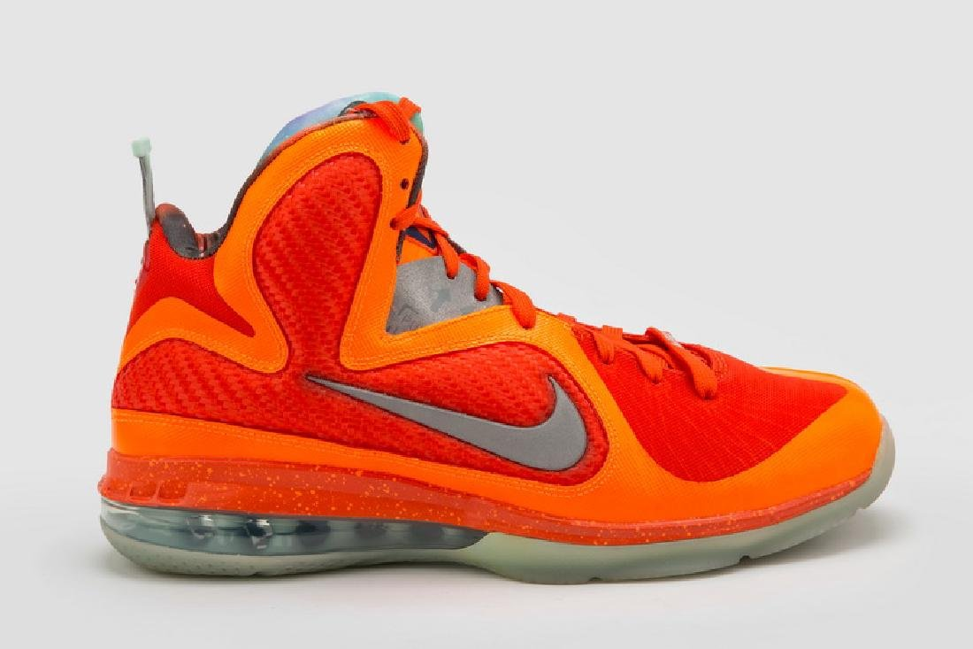 LEBRON 9 AS SNEAKERS