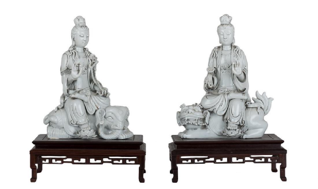 PAIR OF CHINESE BLANC DE CHINE PORCELAIN GUAN YIN