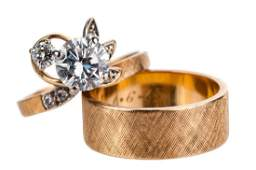 DIAMOND & GOLD ENGAGEMENT RING