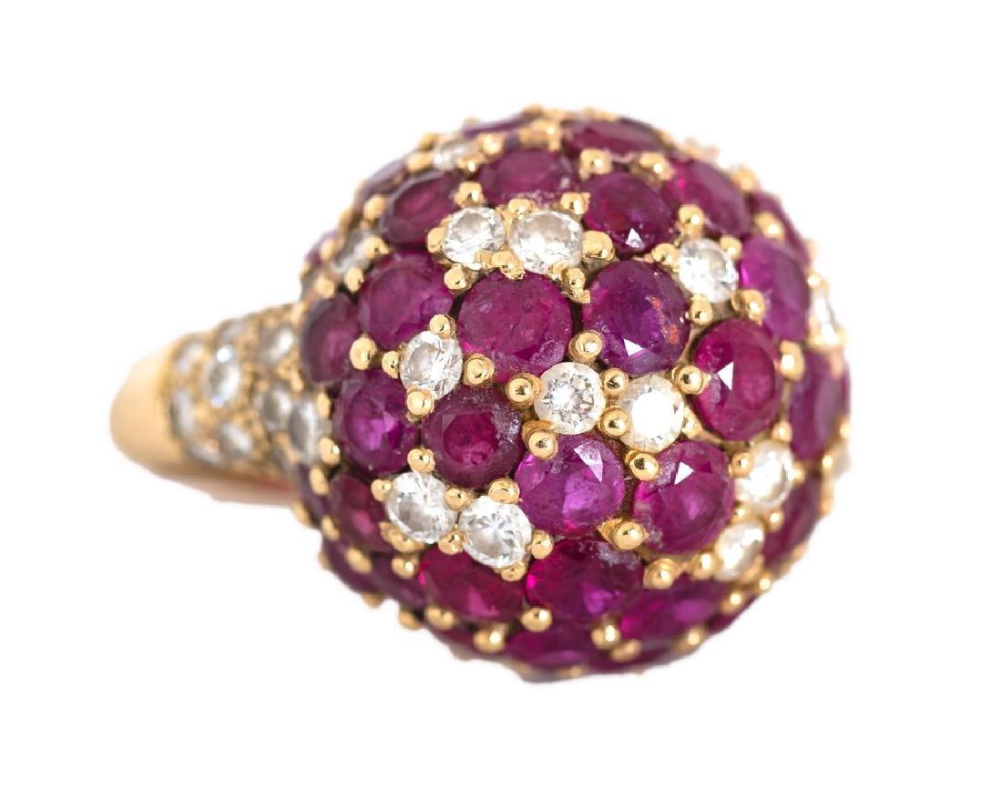 18 KARAT YELLOW GOLD DIAMOND AND RUBY DOME RING