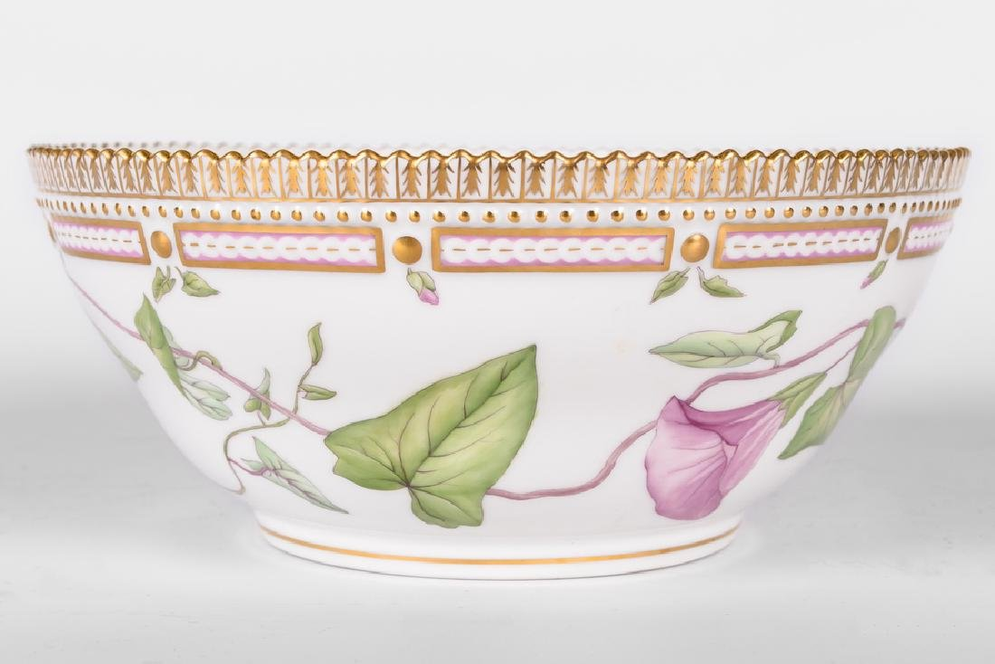 "ROYAL COPENHAGEN ""FLORA DANICA"" PORCELAIN SERVING BOWL"
