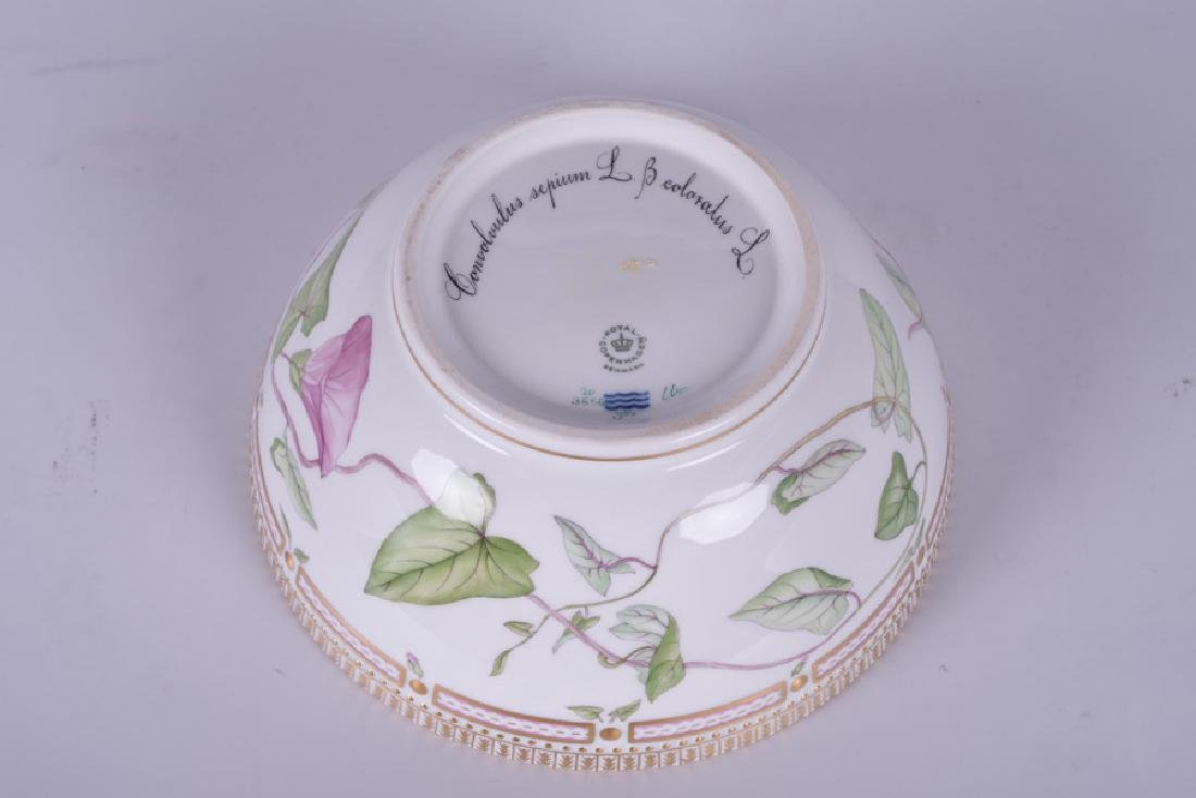 "ROYAL COPENHAGEN ""FLORA DANICA"" PORCELAIN SERVING BOWL - 8"
