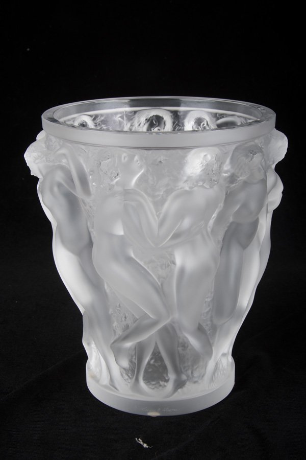 LALIQUE MOLDED GLASS VASE - 7