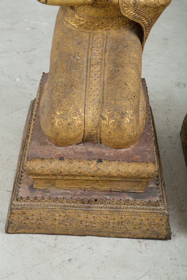 PAIR OF SOUTHEAST ASIAN GILT-METAL KNEELING BUDDHAS - 6