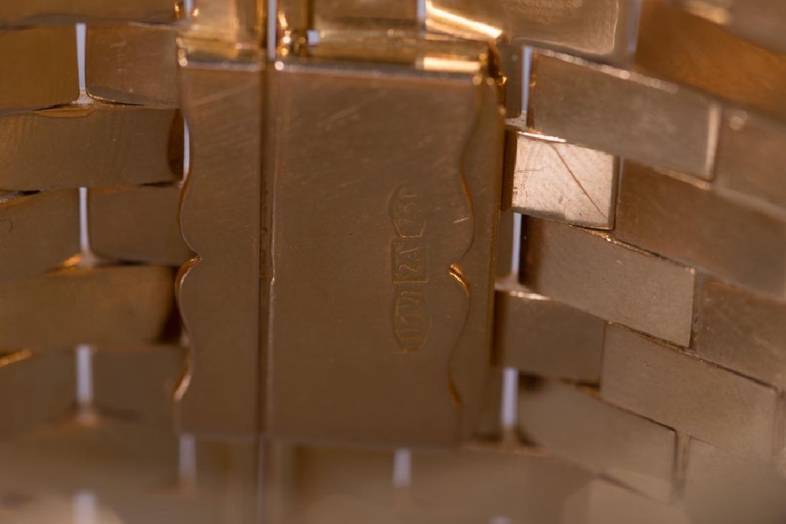 18 KARAT GOLD WIDE CUFF BRACELET - 3