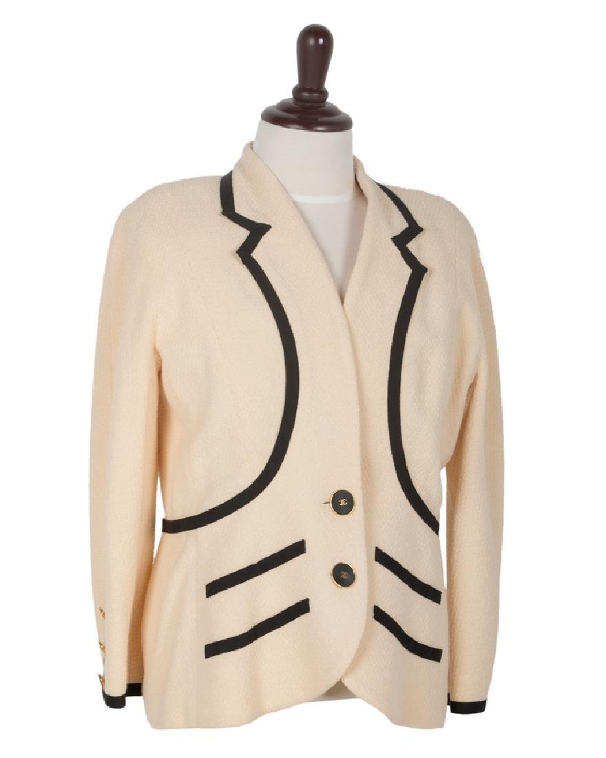 CHANEL BOUTIQUE CREAM COLORED JACKET