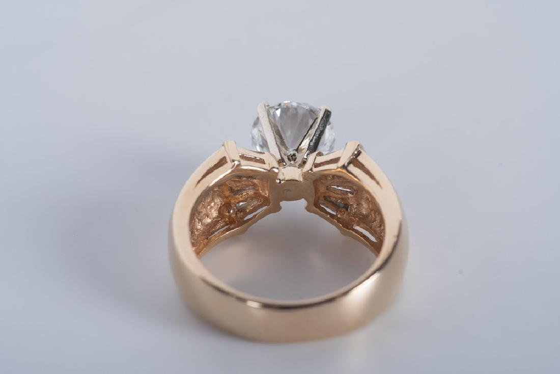 14 KARAT GOLD & DIAMOND RING - 5