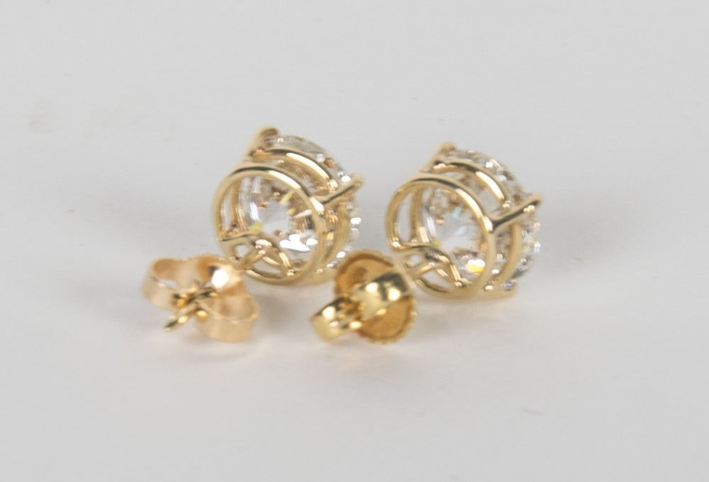PAIR OF DIAMOND EAR STUDS - 5