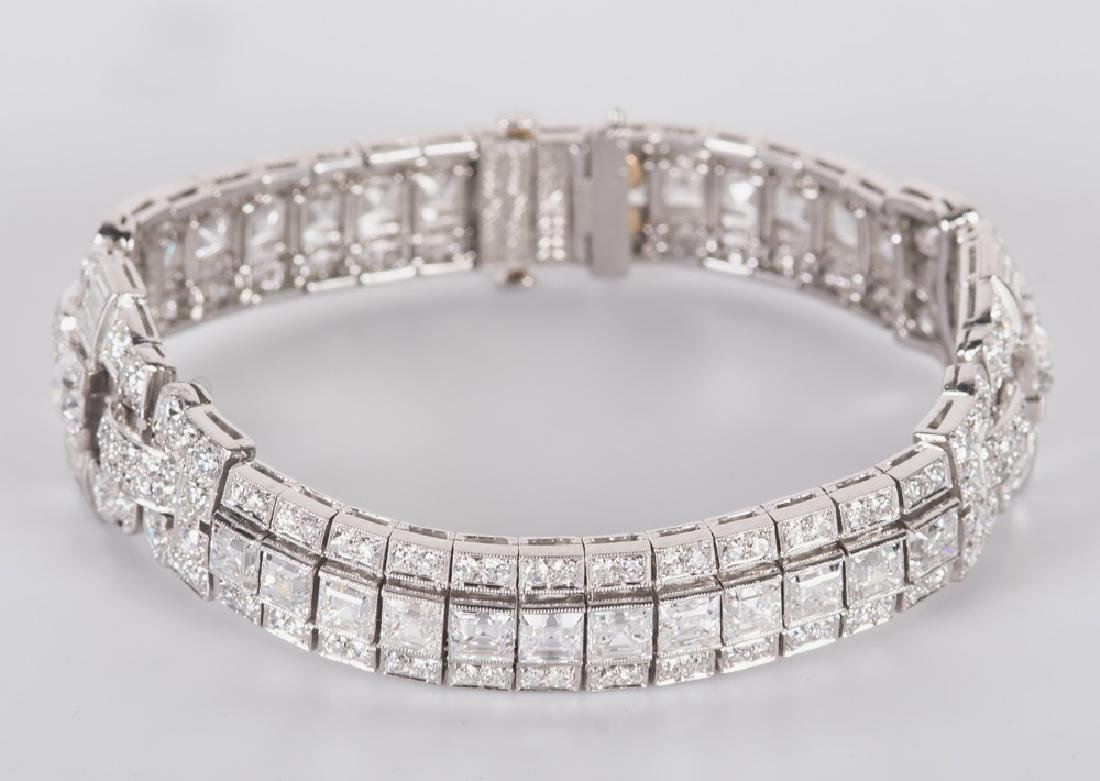 ART DECO STYLE PLATINUM & DIAMOND BRACELET