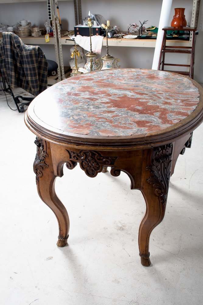 FRENCH REGENCE WALNUT & MARBLE TOP CENTER TABLE - 5