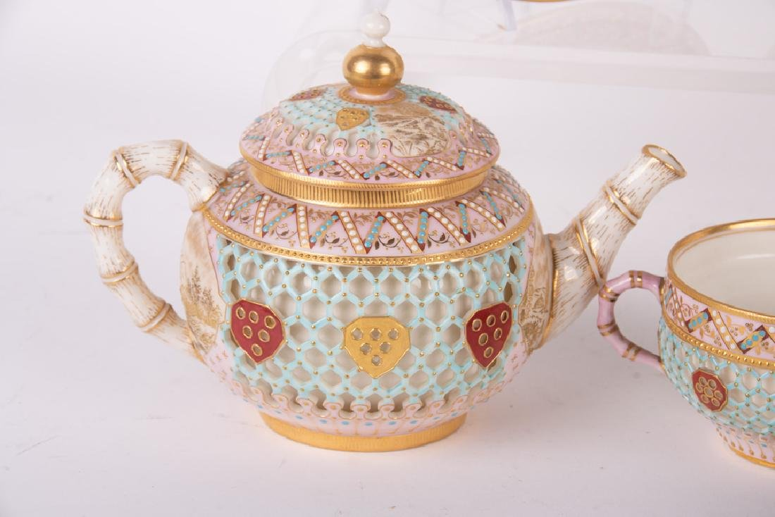 ROYAL WORCESTER DOUBLE-WALL CHINOISERIE TEA SERVICE - 10