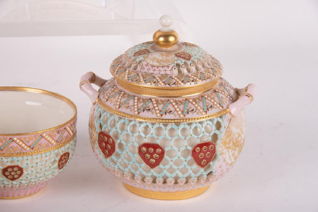ROYAL WORCESTER DOUBLE-WALL CHINOISERIE TEA SERVICE - 8