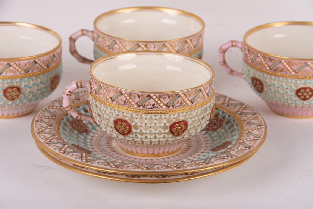 ROYAL WORCESTER DOUBLE-WALL CHINOISERIE TEA SERVICE - 9