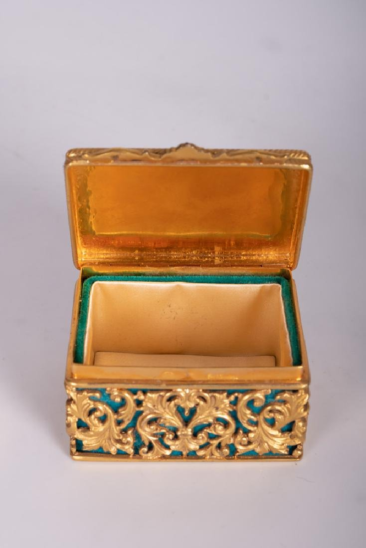 .800 GILT SILVER & JADE BOX - 5