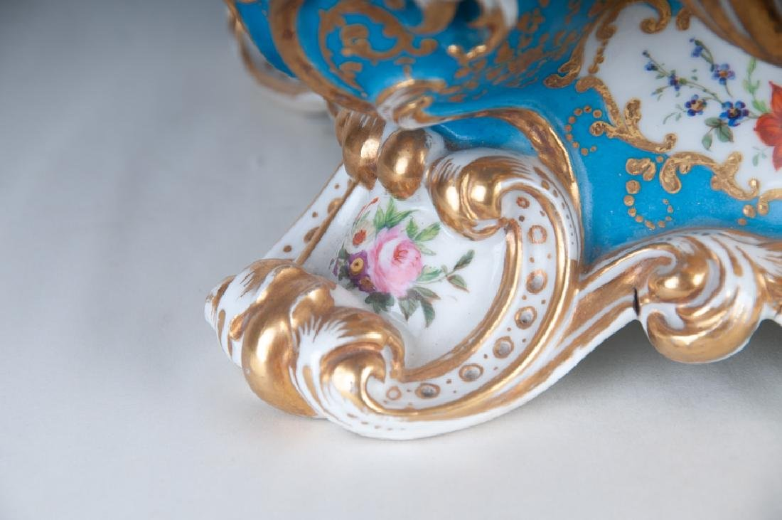FRENCH PORCELAIN INKWELL - 3