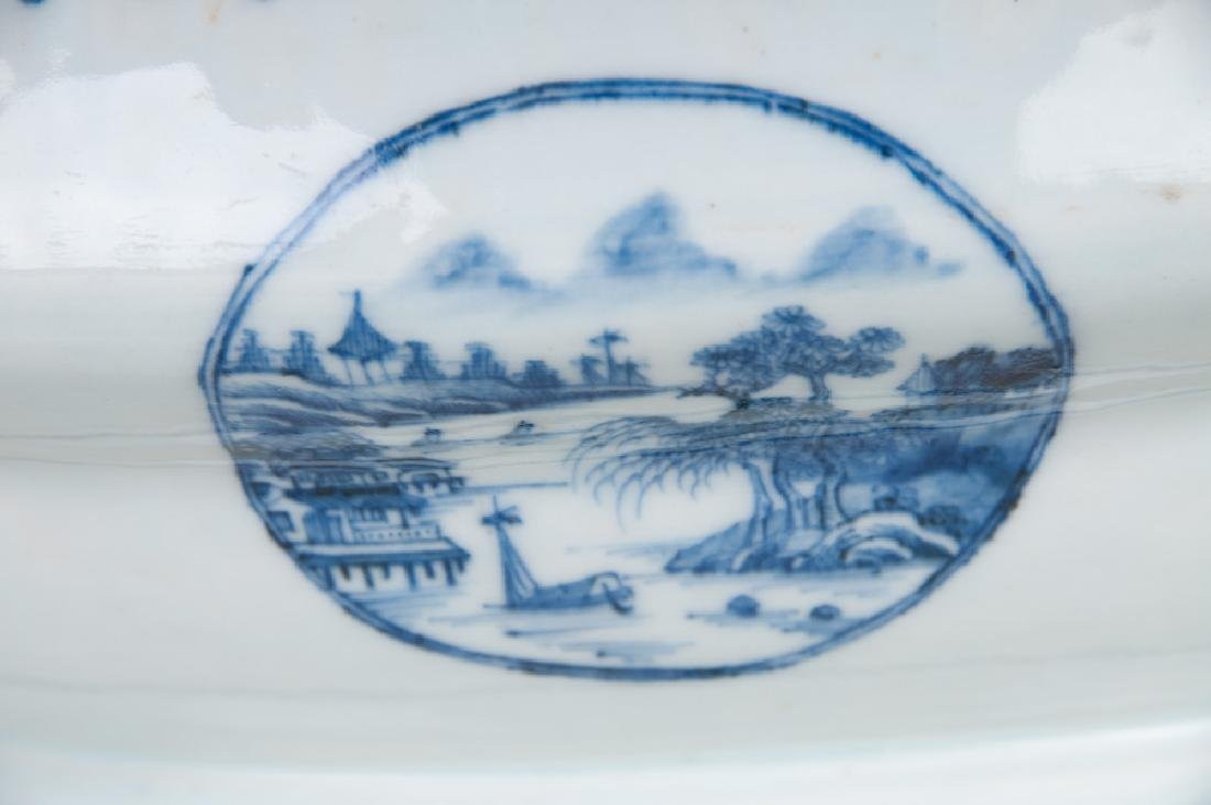 CHINESE EXPORT PORCELAIN TUREEN - 5