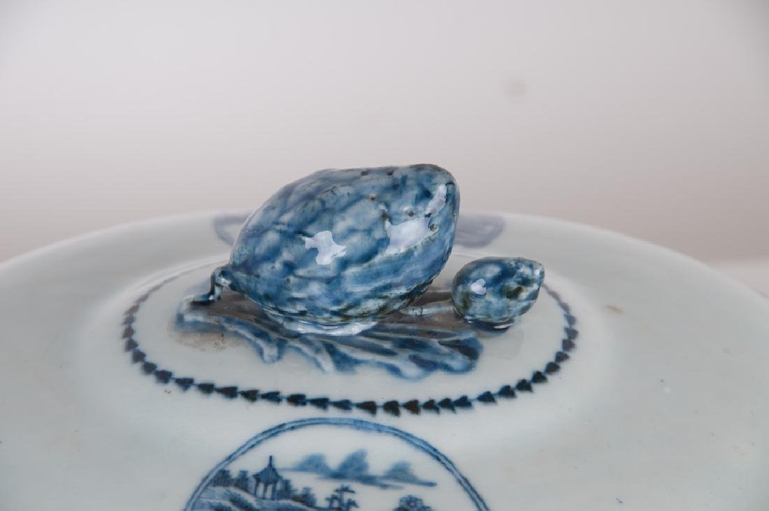CHINESE EXPORT PORCELAIN TUREEN - 7