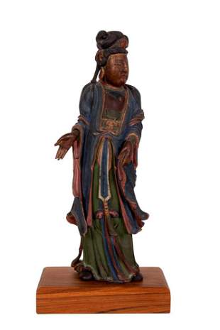 CHINESE POLYCHROME CARVED WOOD QUAN YIN
