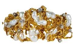 14 KARAT YELLOW GOLD DIAMOND  PEARL BRACELET