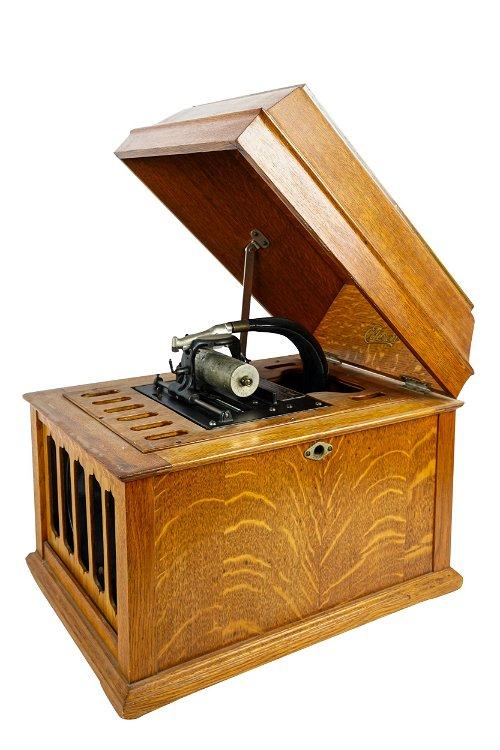 Phonographs & Gramophones