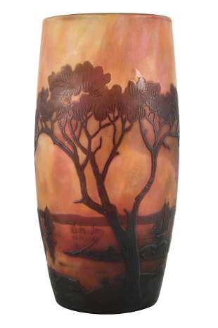 DAUM NANCY: CAMEO GLASS SCENIC VASE