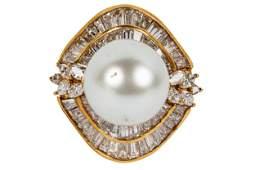 18 KARAT YELLOW GOLD, DIAMOND, & PEARL RING