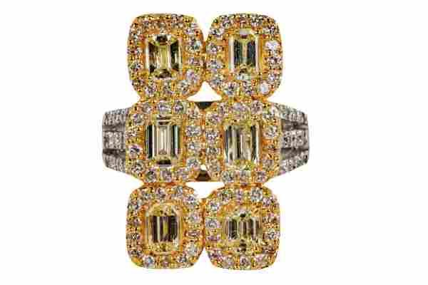 18 KARAT GOLD & DIAMOND CLUSTER RING