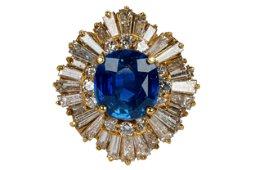14 KARAT YELLOW GOLD, SAPPHIRE, & DIAMOND RING