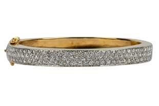 14 KARAT GOLD & DIAMOND BANGLE BRACELET