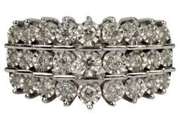10 KARAT WHITE GOLD & DIAMOND RING