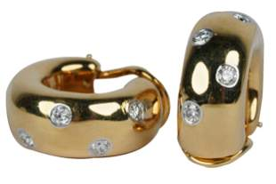 PAIR OF TIFFANY & CO. 18 KARAT YELLOW GOLD & DIAMOND