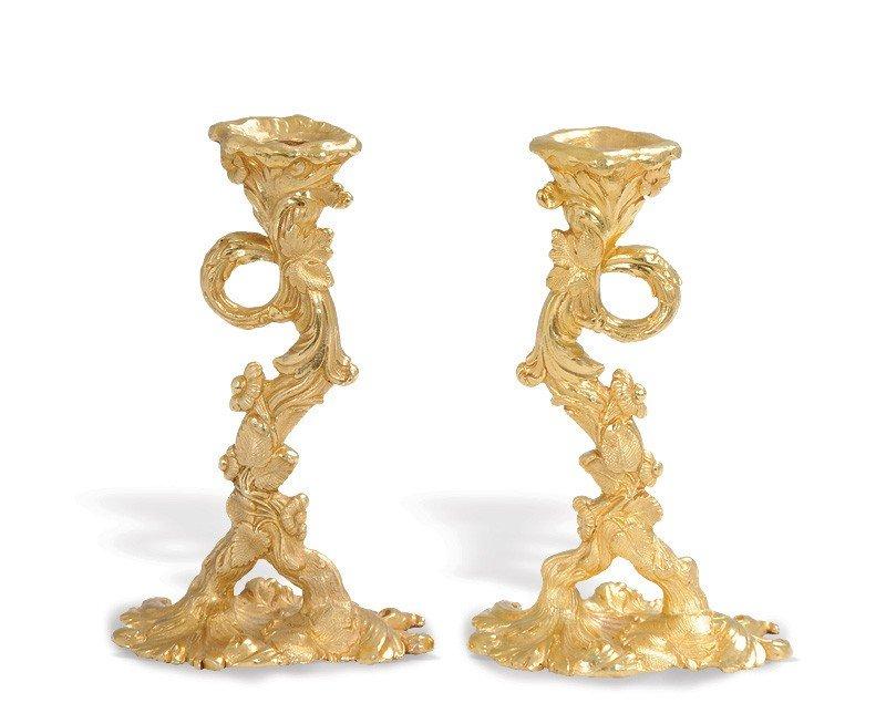 301: TWO EIGHTEEN KARAT YELLOW GOLD CANDLESTICKS