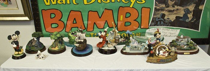 1: COLLECTION OF DISNEY OBJECTS