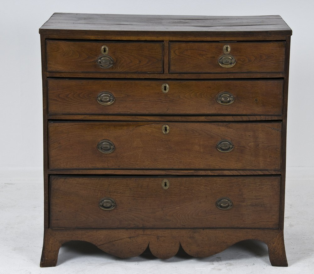 3: GEORGIAN MAHOGANY AND OAK CHEST OF DRAWERS