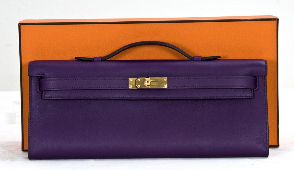 "96: HERMES PURPLE ""KELLY"" BAG CLUTCH"