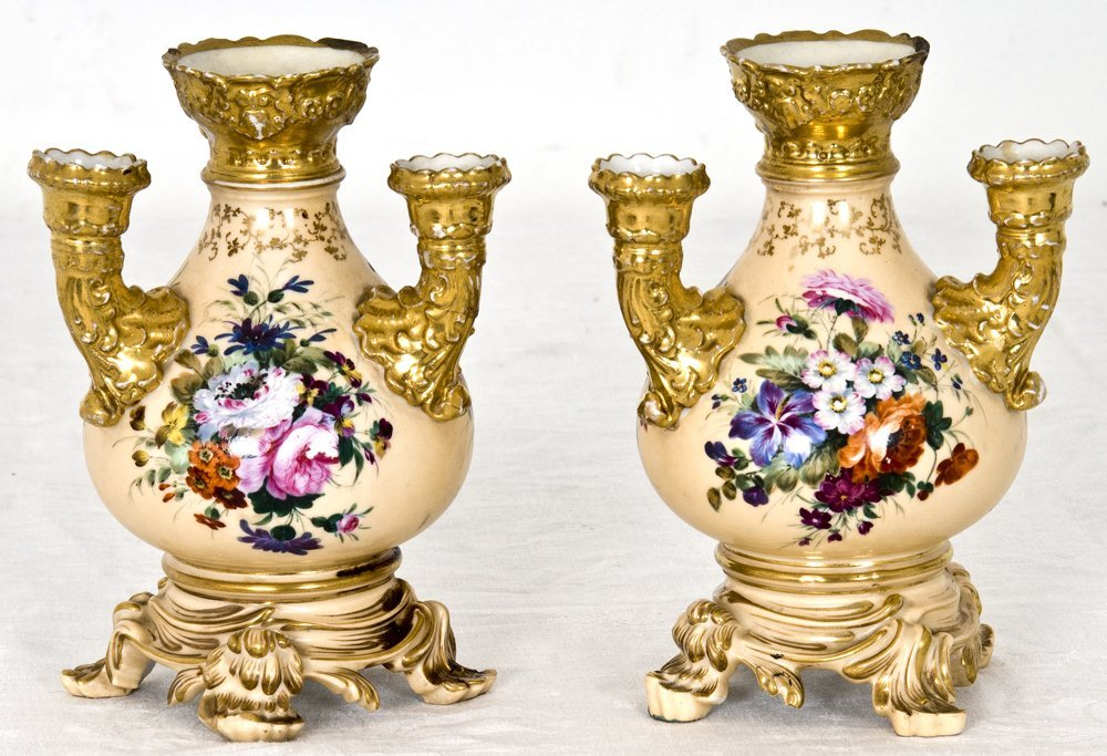 PAIR OF JACOB PETIT PORCELAIN POTPOURRI