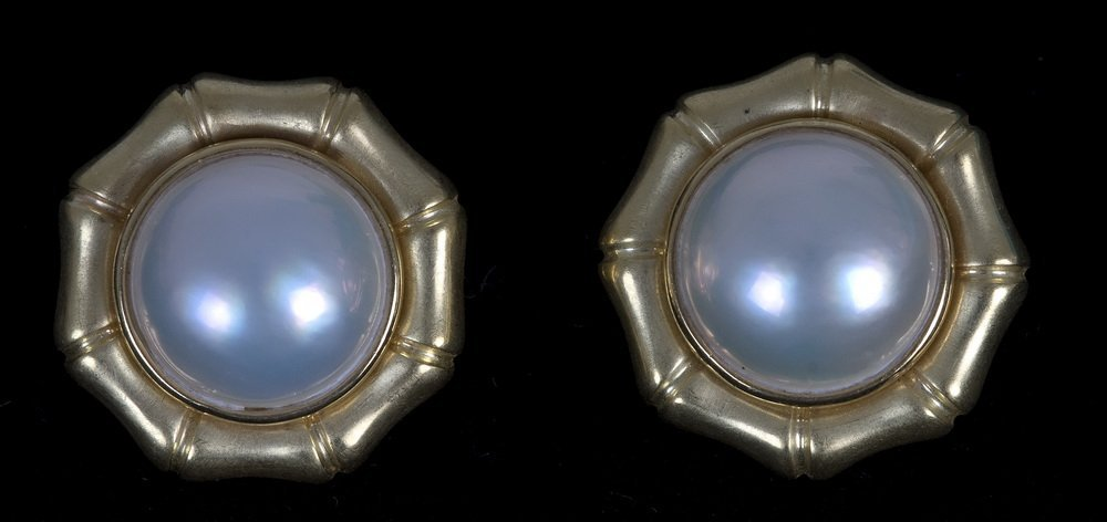PAIR OF TIFFANY & CO. 18K GOLD & MABE PEARL EARCLIPS