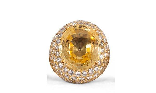 DIAMOND, 18 KARAT GOLD, & YELLOW SAPPHIRE COCKTAIL RING