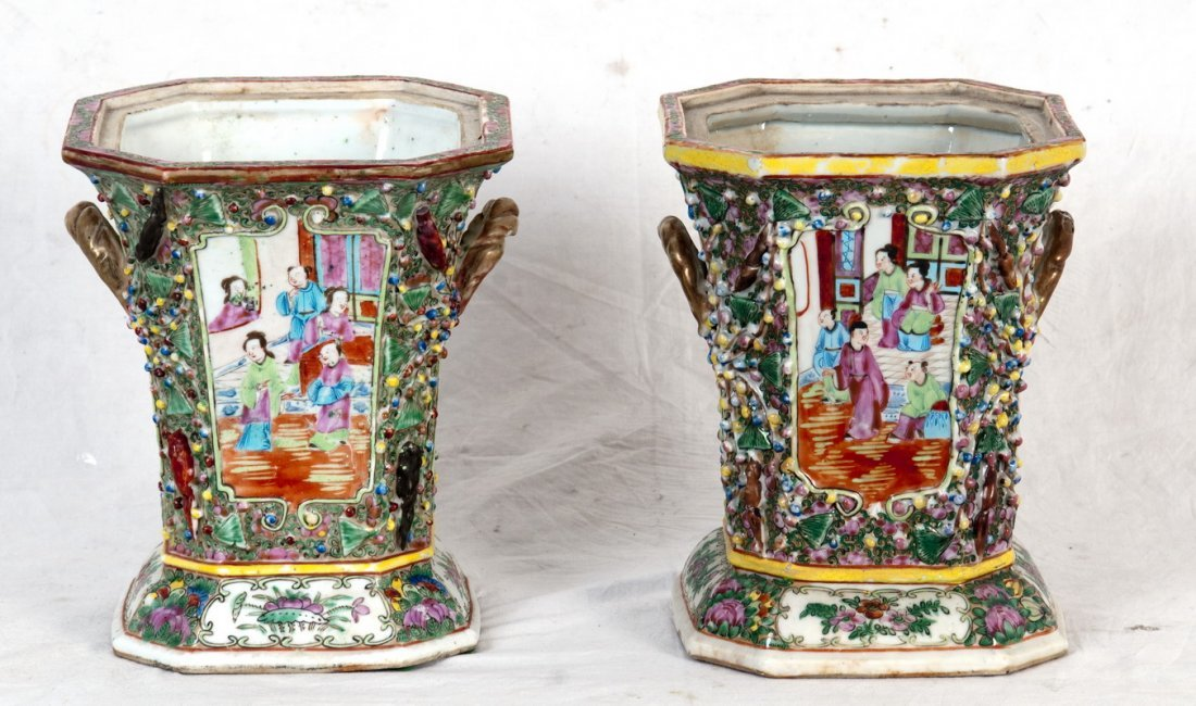 PAIR OF CHINESE ROSE CANTON PORCELAIN SQUARE