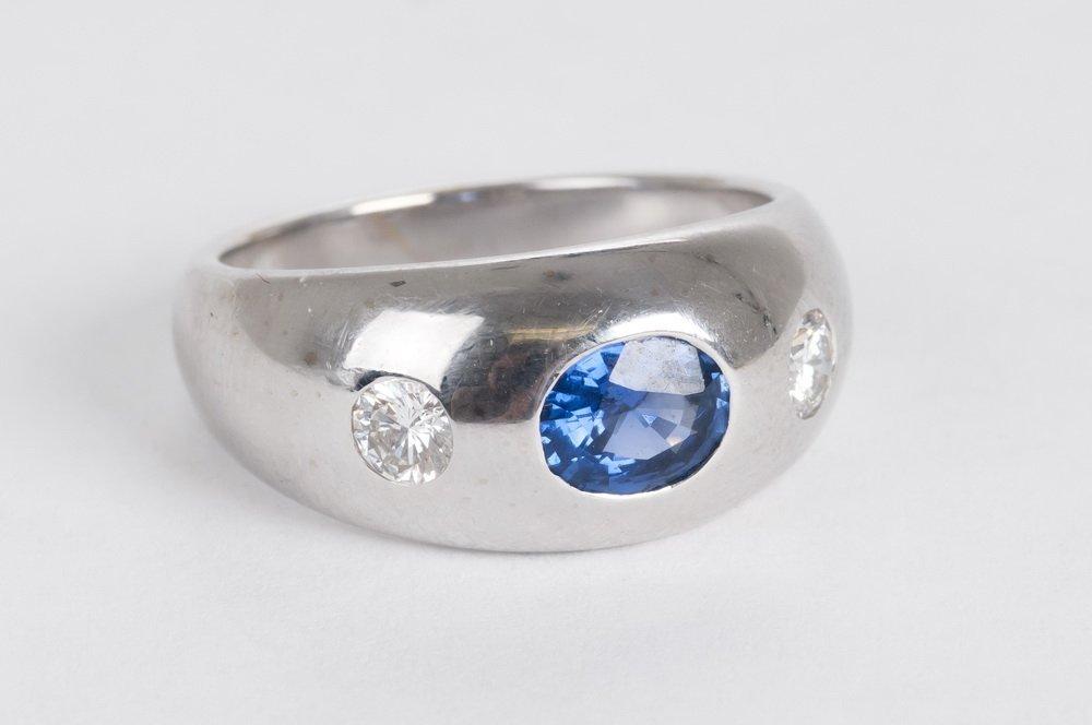 BULGARI: 18 KARAT WHITE GOLD, DIAMOND & SAPPHIRE RING