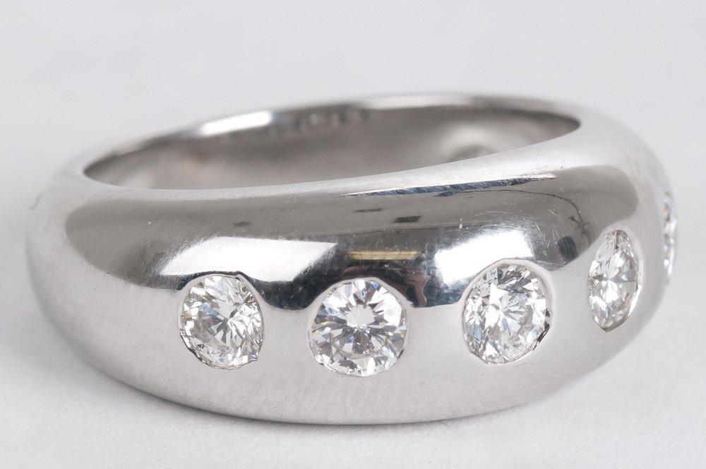 BULGARI: 18 KARAT WHITE GOLD & DIAMOND RING