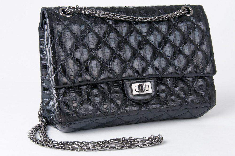 CHANEL BLACK QUILTED 2.55 REISSUE FLAP BAG