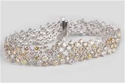 18 KARAT WHITE GOLD  MULTICOLOR DIAMOND BRACELET