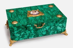 ORMOLU MOUNTED MALACHITE BOX