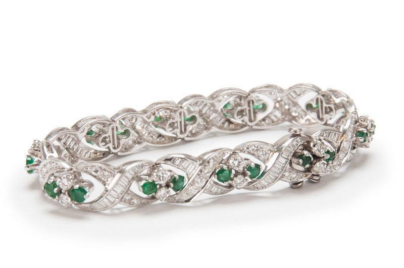 PLATINUM, EMERALD & DIAMOND BRACELET