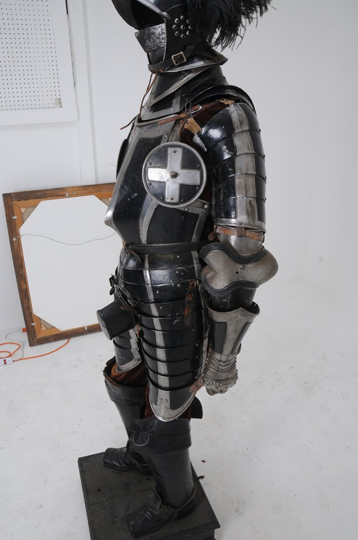 GERMAN STYLE THREE QUARTER SUIT OF ARMOR - 7