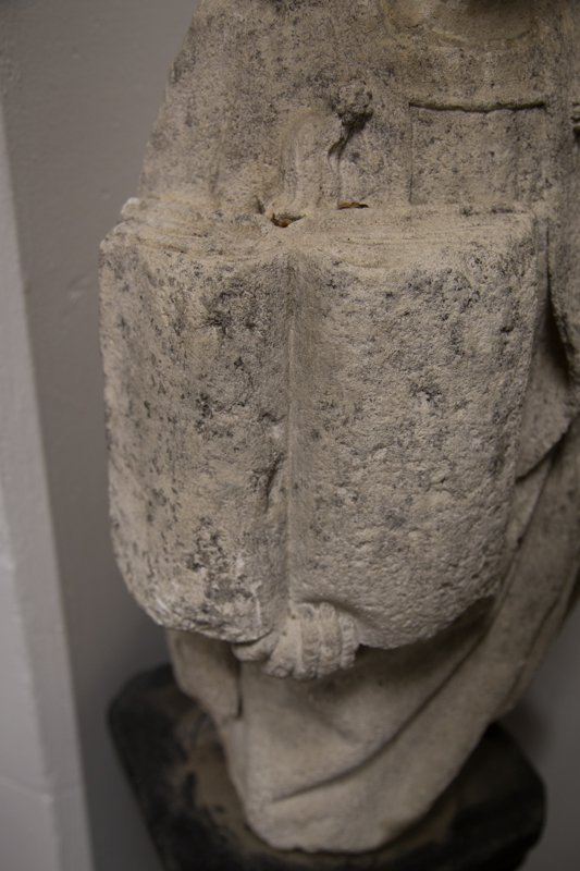 CARVED STONE FIGURE OF ST. ETIENNE - 4