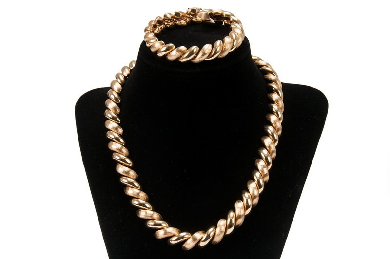 14 KARAT GOLD NECKLACE & BRACELET