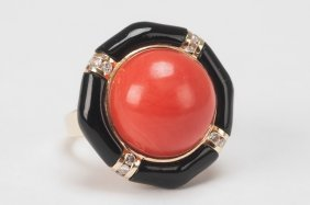 14K GOLD, CORAL & DIAMOND COCKTAIL RING