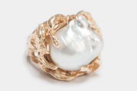 14 KARAT GOLD & PEARL RING